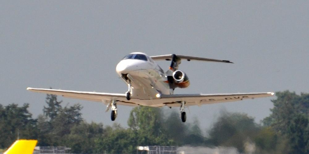 Aircraft Manufacturers - Embraer gallery